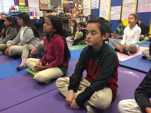 Mục đích của đạo Phật - Trường học Mỹ dạy thiền cho học sinh