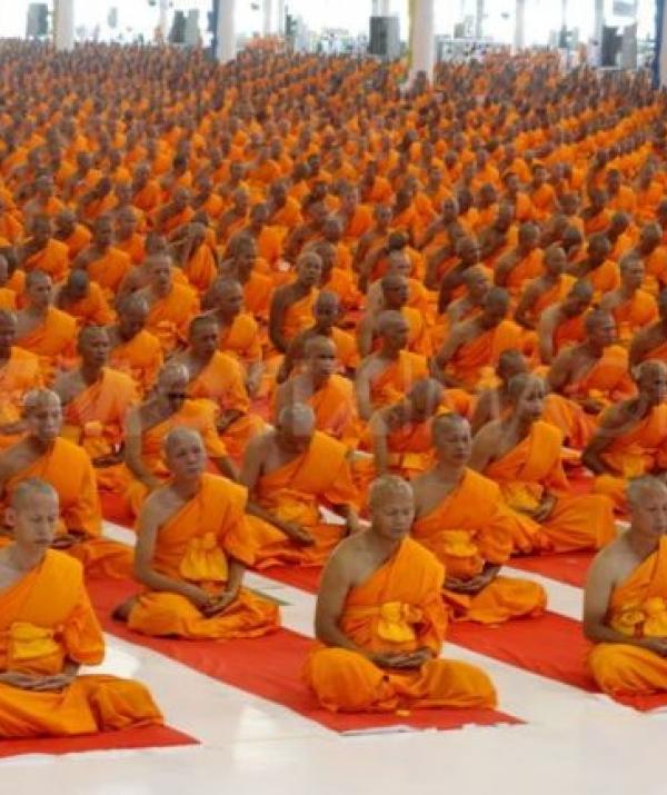 Mục đích của đạo Phật - Người xuất gia đối trước vương quyền
